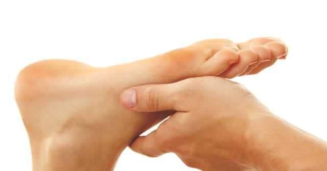 Ayak Parmaklarında, Bileklerinde, Topukta Kaşıntı Neden Olur Nasıl Geçer?