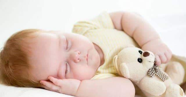 Bebeğim Gece Uyumuyor,Bebeklerin Gece Rahat Uyuması İçin Ne Yapmalı?