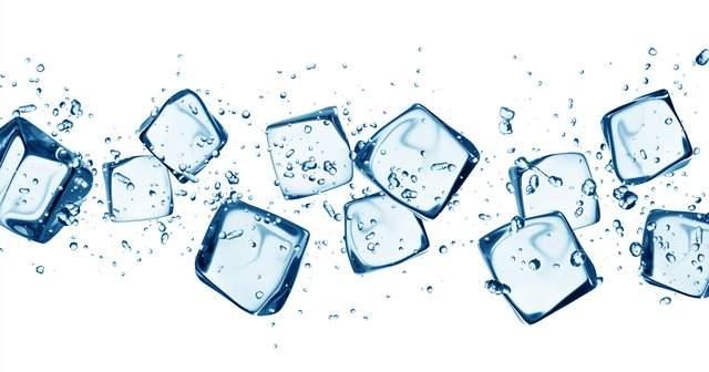 Sivilceye Buz Sürülür mü, Buz Yüze İyi Gelirmi, Yüze Faydası Neler