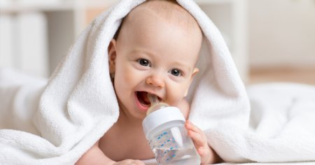 Bebekler Ne Kadar Su İçmeli Bebek Ne Kadar Su İçer?