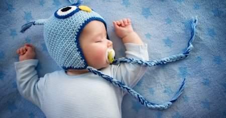 Bebeklerde Emzik Kullanımı Ne Zaman Başlamalı