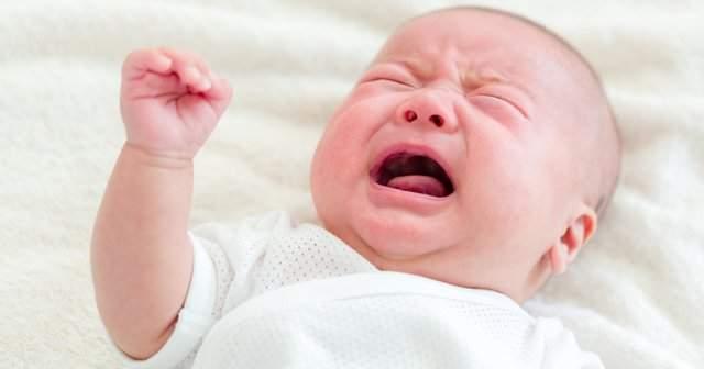Yenidoğan Bebeğin Hıçkırması Nasıl Geçer?