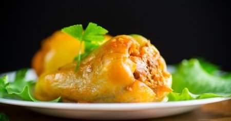 Zeytinyağlı Biber Dolması Kalori Etli Biber Dolması Kalori