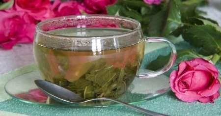 Bamya Çiçeği Çayı Nasıl Yapılır Ne İşe Yarar Faydaları