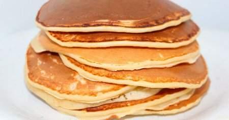 Lezzetli Pankek Nasıl Yapılır Kakaolu Ve Sütsüz Pankek Tarifi