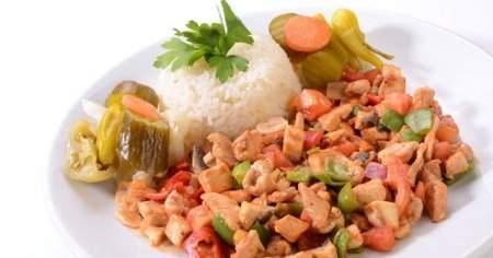 Evde Kremasız Köri Soslu Tavuk Nasıl Yapılır En Pratik Tarifler