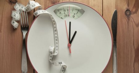 Karbonhidratsız Düşük Karbonhidratlı Diyet Nasıl Yapılır Faydaları Ve Zararları