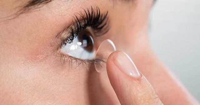 Kahverengi Göze Mavi, Yeşil, Bal Rengi Lens Gider mi?