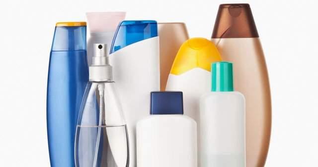 Eczanede Satılan Saç Dökülmesini Önleyen, Durduran En Etkili Şampuanlar Listesi