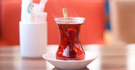 Şekerli Çay Kaç Kalori Eder Şekerli Çay Kilo Aldırır mı?
