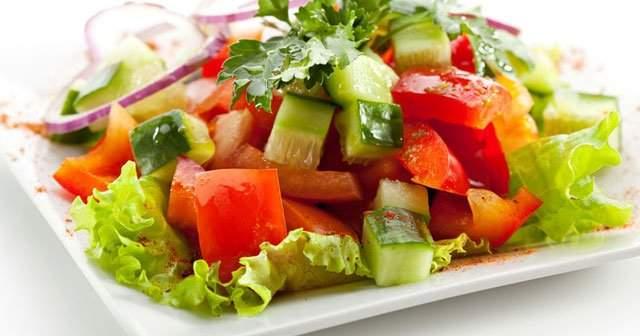 Mevsim Salatasının Sağlığa Faydaları Neler Nasıl Yapılır?