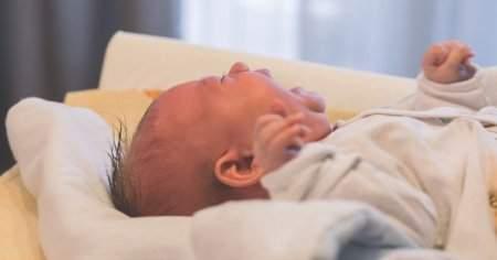 2 Aylık Bebek Kaç Saat Uyur 2 Aylık Bebek Uyku Düzeni Nasıldır?