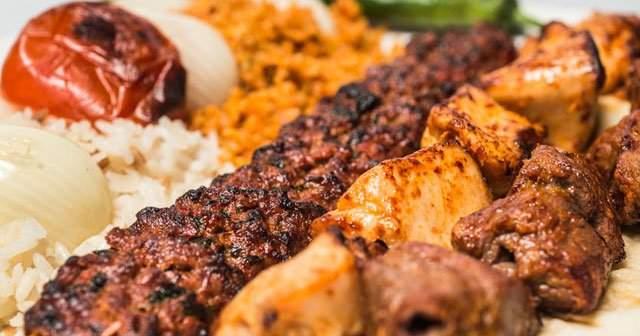 Adana Kebap Kaç Kalori ve Besin Değeri Nedir