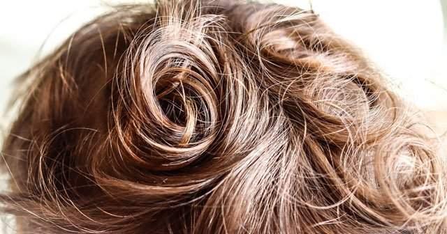 Siyah Saç Rengi Saç Açıcıyla Nasıl Açılır Yıpratmadan Açma Yolları