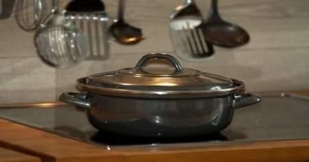 Yoğurtlu Buğday Çorbası Ve Yarmalı Yoğurt Çorbası Kaç Kalori