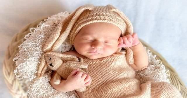 Bebekler Neden Nasıl Kaç Aya Ne Zamana Kadar Kundaklanır