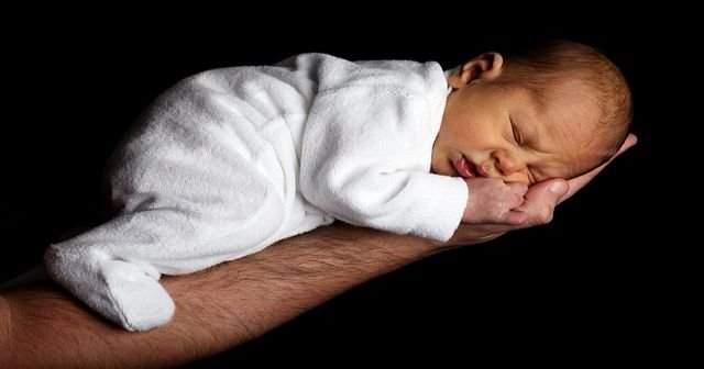 Yeni Doğan Bebeklerde Sarı Kusmuk Neden Olur Nasıl Geçer Tedavisi Ne
