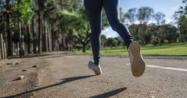 Koşmak Kaç Kalori Yakar Zayıflatır mı 1 Km ve 10 Km Koşmak Kaç Kalori