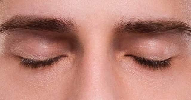 Göz kapağı (pitozis) ameliyatı olanlar memnun kalıyor mu?