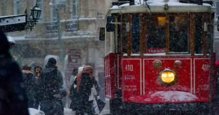 Taksime İETT otobüsü, metrobüs ve marmaray ile nasıl gidilir?