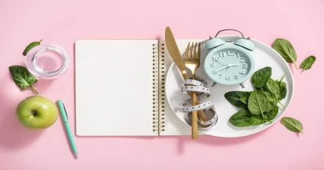 Çalışan kadınlar için haftada 3 kilo zayıflatan diyet listesi