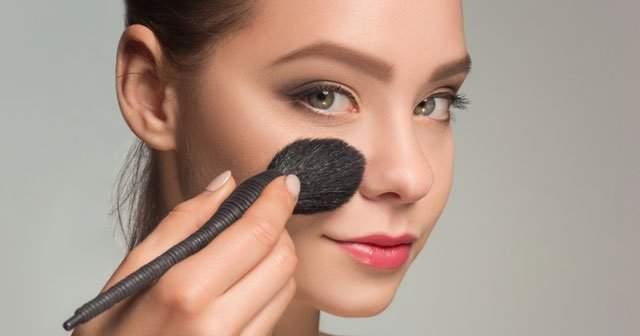 Düzenli makyaj yapmanın ispatlanmış 8 zararı