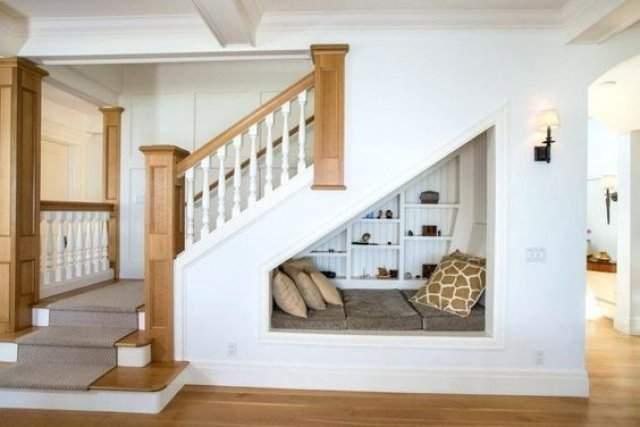 Merdiven altına yapabileceğiniz 12 farklı dekorasyon fikri