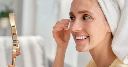 En inatçı makyajı bile çıkaran 5 doğal makyaj temizleme yöntemi