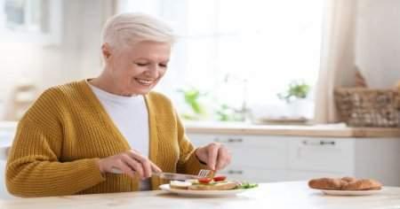 Menopoz döneminde alınan kiloları vermek için 7 tüyo